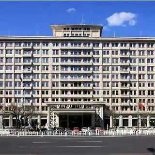 北京铭冠伟业办公家具-XX酒店公寓楼套房家具定制
